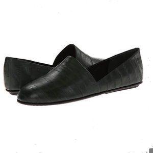 Vince Leather Black flats, size 8